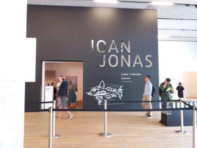 Joan Jonas - Begründerin der Videoperformance